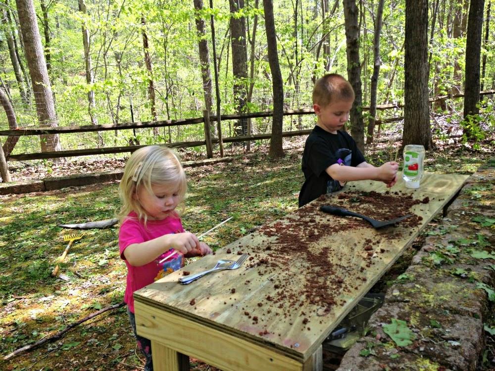 Montessori Outdoor Exploration