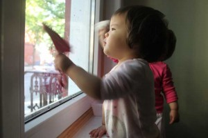 Window cleaning from Montessori on the Double is a great indoor activity for kids. Find more great ideas on ChildLedLedLife.com