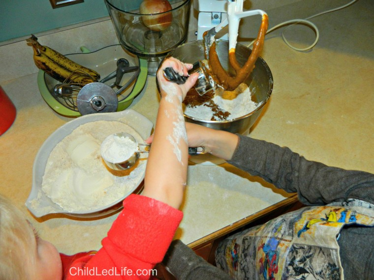 Do you love to cook with your kids? This is a great post on kids making #gingerbread cookies on ChildLedLife.com