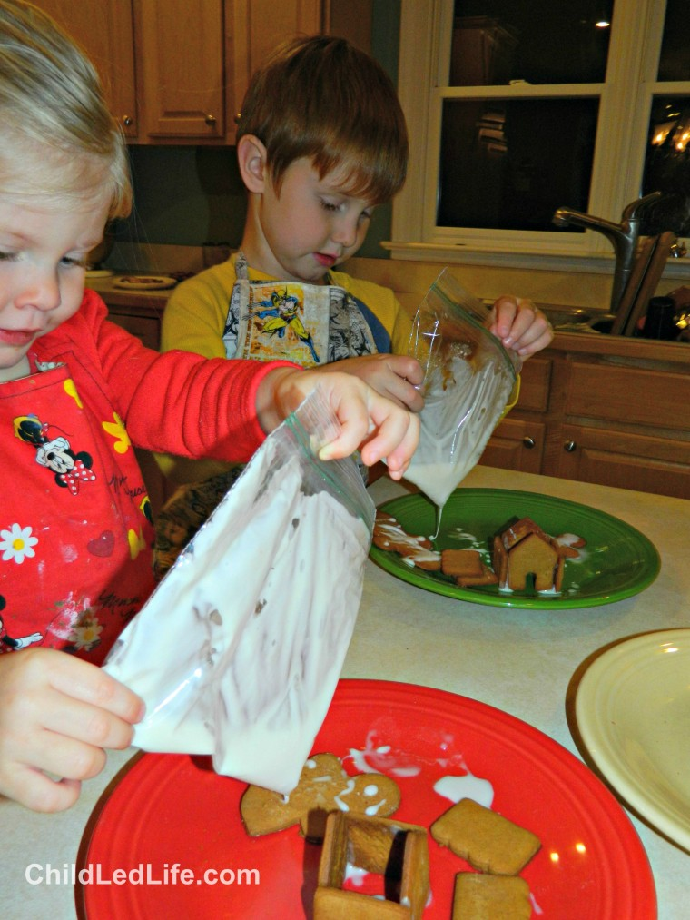 Icing #gingerbread cookies after all the hard work to bake them is so rewarding on ChildLedLife.com