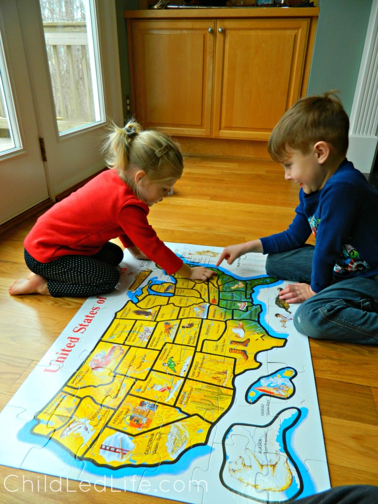 USA Puzzle lesson while studying DIY geography boxes on ChildLedLife.com